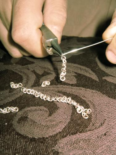 hand-crafted production of sterling s-chain